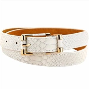 NWT VEGAN CROCODILE SKIN LEATHER BELT WHITE GOLD S